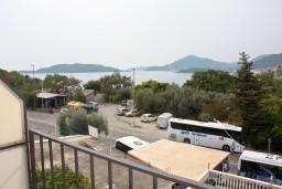 Вид на море. Будванская ривьера, Черногория, Каменово : Апартамент с видом на море, 100 метров от пляжа