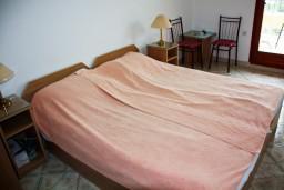 Будванская ривьера, Черногория, Каменово : Комната на 2 персоны, с кондиционером, с видом на море