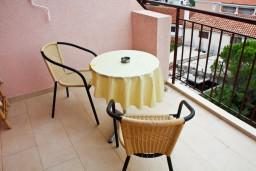 Балкон. Будванская ривьера, Черногория, Каменово : Комната на 2 персоны, с кондиционером, с видом на море