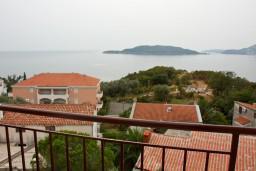 Вид на море. Будванская ривьера, Черногория, Каменово : Апартаменты на 4 персоны, 2 спальни, с видом на море