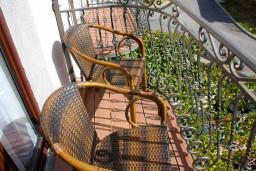 Балкон 2. Будванская ривьера, Черногория, Будва : Комната на 3 персоны, с кондиционером, с видом на море