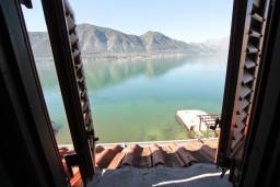 Боко-Которская бухта, Черногория, Доброта : Комната на 5 персон с кондиционером, у моря