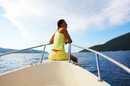 Моторная лодка REFILL : Бечичи, Черногория