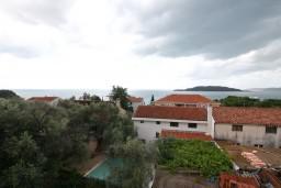 Вид на море. Будванская ривьера, Черногория, Каменово : Студия 24м2 с балконом с видом на море