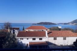Вид. Будванская ривьера, Черногория, Каменово : Студия 24м2 с балконом с видом на море