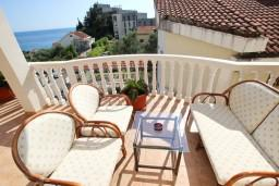 Балкон. Бечичи, Черногория, Бечичи : Апартаменты с террасой с видом на море
