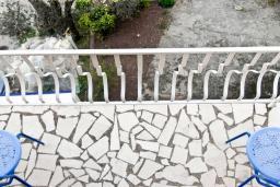 Будванская ривьера, Черногория, Пржно : Комната на 4 персоны, 50 метров от пляжа, с кондиционером