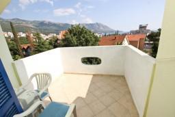 Вид на море. Бечичи, Черногория, Бечичи : Апартаменты с отдельной спальней и с видом на море