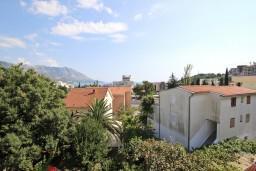 Вид. Бечичи, Черногория, Бечичи : Апартаменты с отдельной спальней и с видом на море