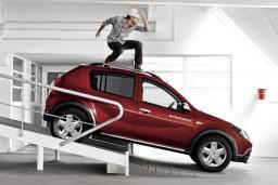 Dacia Sandero Stepway 1.6 механика : Будванская ривьера, Черногория
