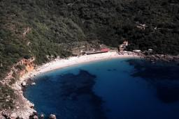 Пляж Дробни пиесак / Drobni pijesak в Петроваце