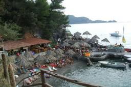 Танга бич / Tanga beach
