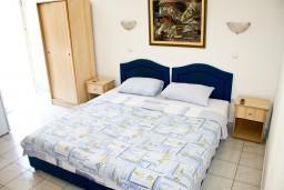 Студия (гостиная+кухня). Бечичи, Черногория, Бечичи : Студия в Бечичи в 300 метрах от моря