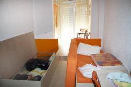 Студия (гостиная+кухня). Будванская ривьера, Черногория, Петровац : Студия с балконом и видом на море