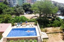 Вид. Бечичи, Черногория, Бечичи : Студия с балконом с видом на море
