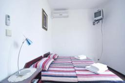 Спальня 2. Бечичи, Черногория, Бечичи : Апартамент для 4 человек, 2 отдельные спальни