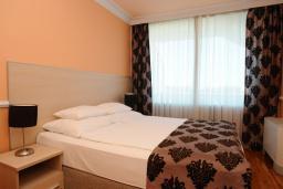 Спальня. Бечичи, Черногория, Бечичи : Апартаменты с 1 спальней и балконом