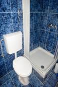 Ванная комната. Будванская ривьера, Черногория, Бечичи : Комната для 2 человек