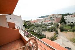Балкон. Будванская ривьера, Черногория, Бечичи : Уютная студия в Бечичи с балконом с видом на море