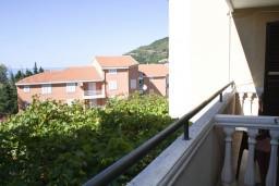 Вид. Будванская ривьера, Черногория, Петровац : Комната для 2 человек, с балконом с видом на море