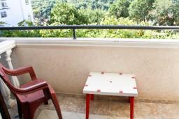 Балкон. Будванская ривьера, Черногория, Петровац : Комната для 2-3 человек, с балконом с видом на море