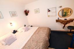Студия (гостиная+кухня). Будванская ривьера, Черногория, Будва : Студия в Будве в 20 метрах от моря