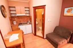 Гостиная. Боко-Которская бухта, Черногория, Котор : Апартамент в Которе с отдельной спальней в 50 метрах от моря