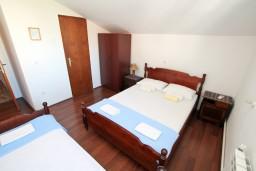 Боко-Которская бухта, Черногория, Столив : Комната для 3 человек, возле моря