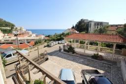 Вид на море. Бечичи, Черногория, Бечичи : Апартаменты на втором этаже с балконом с видом на море