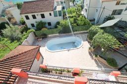 Вид. Боко-Которская бухта, Черногория, Доброта : Апартамент с отдельной спальней, с балконом с видом на море